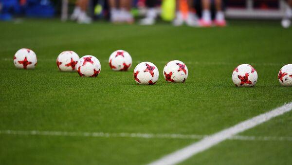 Balones de fútbol (imagen referencial) - Sputnik France