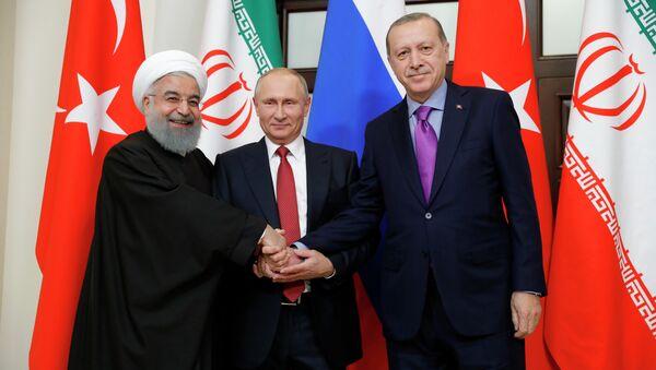 La réunion tripartite des Présidents russe, turc et iranien sur l'avenir de la Syrie qui s'est tenue mercredi à Sotchi - Sputnik France