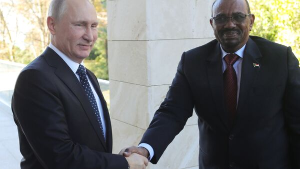 November 23, 2017. Russian President Vladimir Putin and President Omar al-Bashir of Sudan during their meeting - Sputnik France