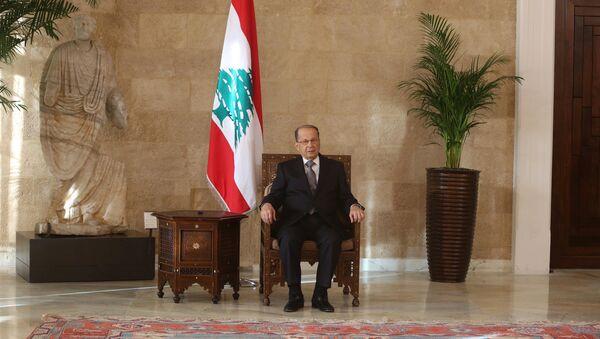 Newly elected Lebanese president Michel Aoun sits on the president's chair inside the presidential palace in Baabda, near Beirut, Lebanon October 31, 2016 - Sputnik France