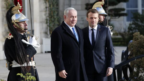 Benjamin Netanyahu et Emmanuel Macron à Paris - Sputnik France
