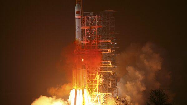 Un lanceur chinois Longue marche décolle depuis la base de Xichang - Sputnik France