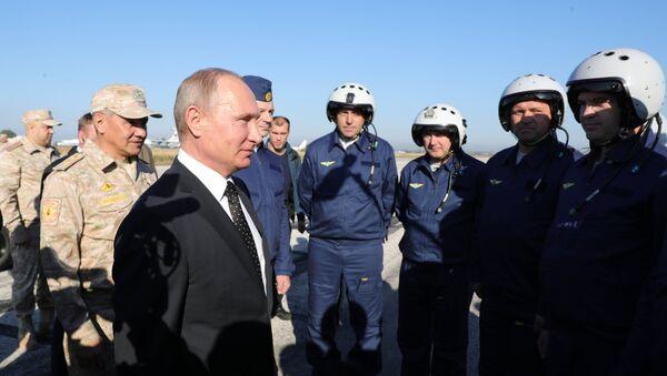 Президент РФ В. Путин посетил авиабазу Хмеймим в Сирии - Sputnik France