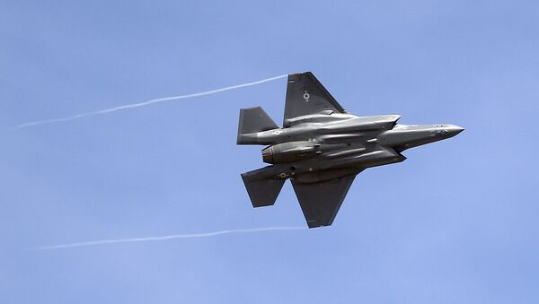 In this Wednesday, Sept. 2, 2015, file photo, an F-35 jet arrives at its new operational base at Hill Air Force Base, in northern Utah. - Sputnik France