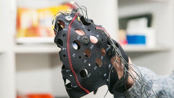 Un appareil neurologique «Balalaïka» - Sputnik France