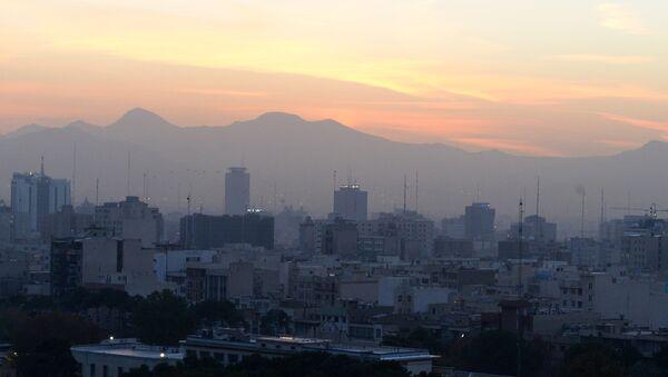 Montagnes vues depuis Téhéran - Sputnik France