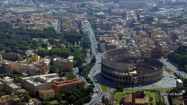 An aerial view of the Colosseum in Rome - Sputnik France