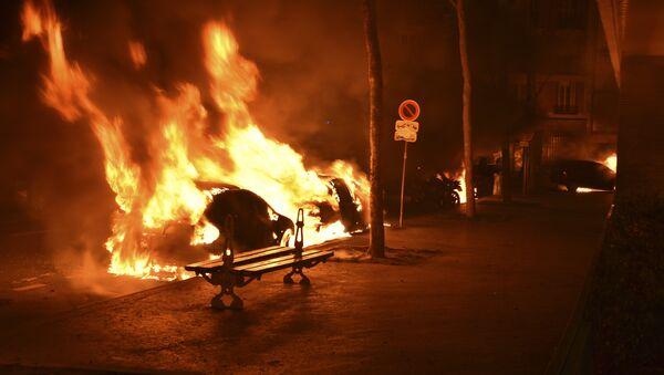 voitures brûlées, Paris - Sputnik France