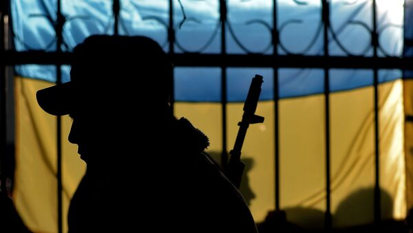 The silhouette of a Ukrainian soldier is seen against a Ukrainian flag as Ukrainian soldiers wait inside the Sevastopol tactical military brigade base in Sevastopol on March 3, 2014. - Sputnik France
