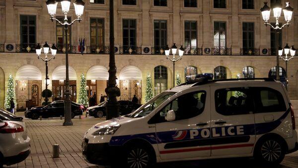 Vol à main armée au Ritz à Paris, trois interpellations - Sputnik France