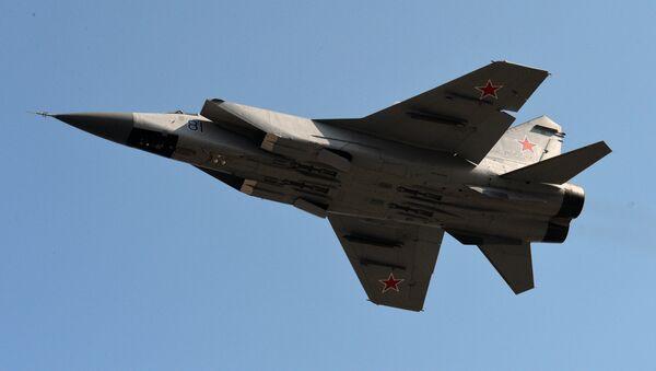 Chasseur-intercepteur supersonique tout-temps MiG-31 - Sputnik France