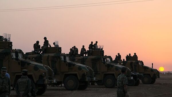 Des forces turques à Afrine - Sputnik France