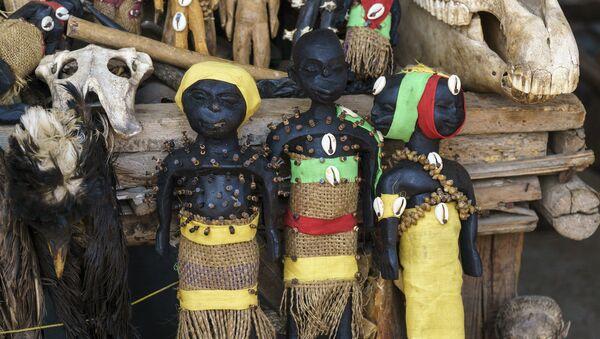 Фетиши вуду на рынке Акодессева в Того - Sputnik France