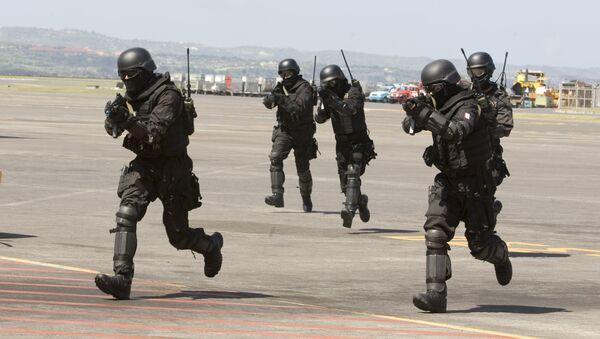 Des soldats indonésiens lors d'un exercice antiterroriste - Sputnik France