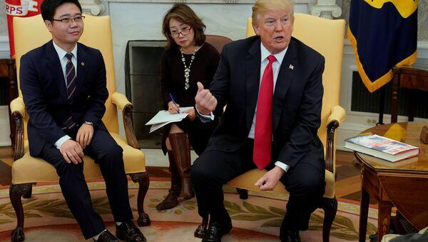 Donald Trump rencontre des transfuges nord-coréens - Sputnik France