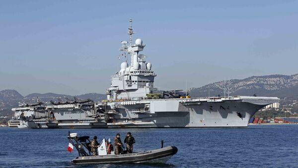 Le porte-avions Charles de Gaulle - Sputnik France
