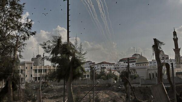 Ракеты, выпущенные с территории Газы в сторону Израиля, 19 ноября 2012. - Sputnik France