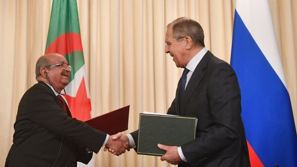 Réunion des ministres des Affaires étrangères de la Fédération de Russie et de l'Algérie S. Lavrov et A. Messaela - Sputnik France