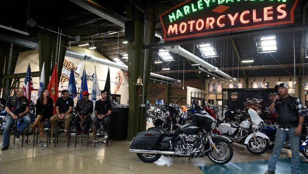 US soldier honored with a new Harley-Davidson motorcycle - Sputnik France