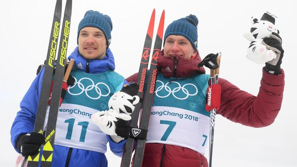 les fondeurs russes Andrey Larkov et Alexander Bolshunov - Sputnik France