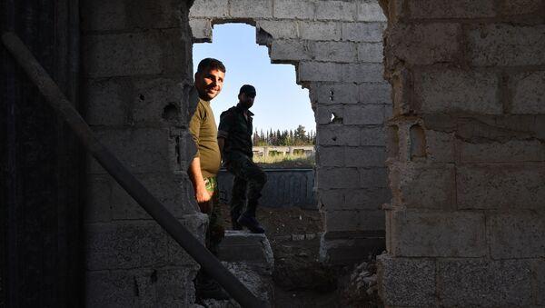 Soldaten der syrischen Armee in Ost-Ghuta - Sputnik France