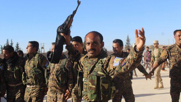 Combattants des Forces démocratiques syriennes (FDS) - Sputnik France