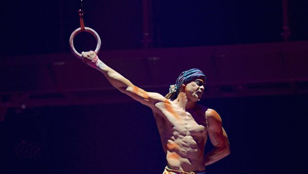 This Sept. 24, 2017, photo provided by Michael Kass shows Yann Arnaud during a Cirque du Soleil performance in Toronto - Sputnik France