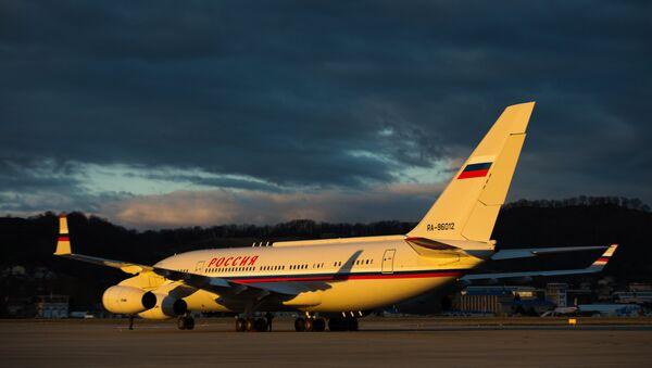Un avion Iliouchine Il-76 de la compagnie aérienne Rossiya - Sputnik France