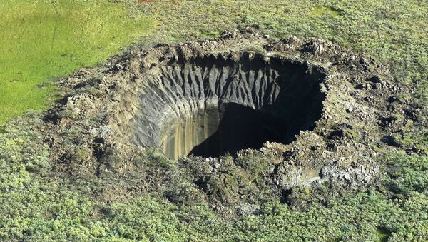 A crater on the Yamal Peninsula - Sputnik France