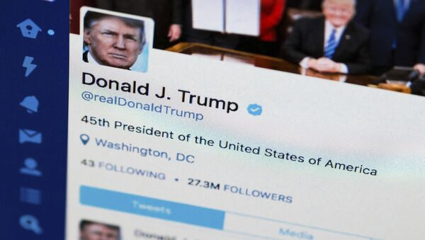 This April 3, 2017, file photo shows U.S. President Donald Trump's Twitter feed on a computer screen in Washington - Sputnik France