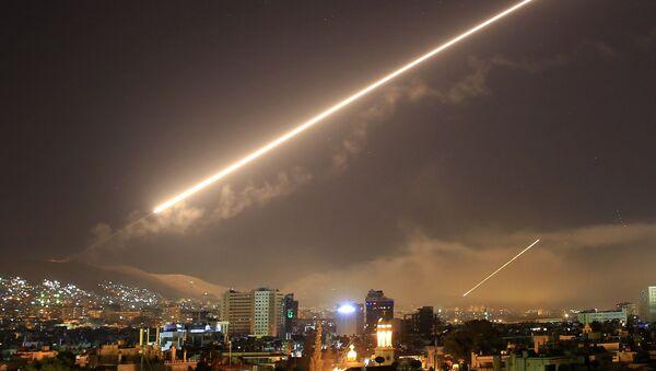 Washington et ses alliés ont frappé la Syrie,14 avril 2018 - Sputnik France