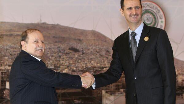 Abdelaziz Bouteflika et Bachar Assad à Damas le 29 mars 2008 lors du sommet de la Ligue arabe - Sputnik France