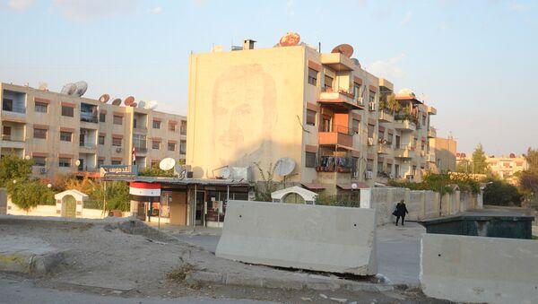 Район на окраине города Дума в пригороде Дамаска. - Sputnik France