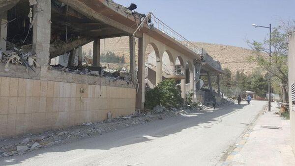 Исследовательский центр в Сирии, разрушенный в результате авиаударов коалиции США и их союзников - Sputnik France