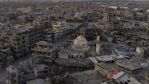In this Nov. 15, 2017 photo, aerial view of destroyed building and shops in the Old City of Mosul, Iraq - Sputnik France