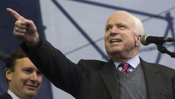 John McCain - Sputnik France