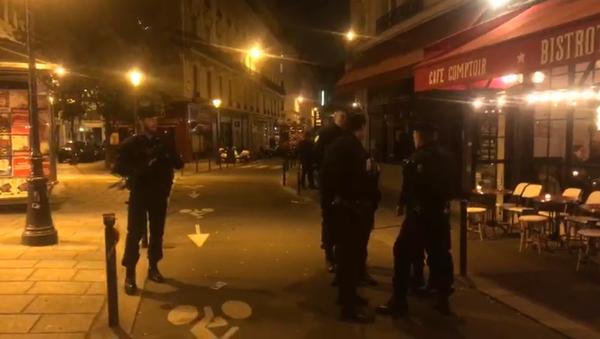 Un homme a agressé au couteau des passants à Paris, une opération de police en cours, 12 mai 2018 - Sputnik France