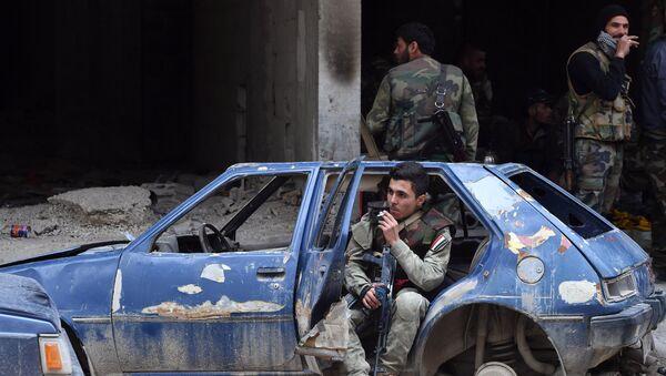 Situation dans le secteur du camp de réfugiés de Yarmouk, dans la balieue de Damas - Sputnik France