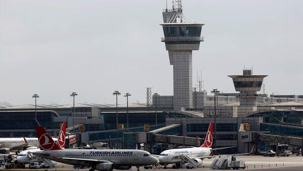 Un avion de Turkish Airlines à l'aéroport d'Istanbul - Sputnik France