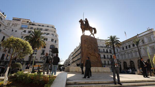 A general view shows the Place de l'Emir Abdelkader in Algiers on December 6, 2017. - Sputnik France