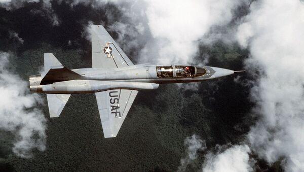 T-38 Talon - Sputnik France