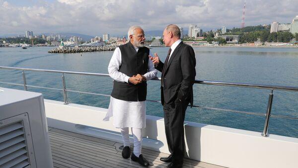 Narendra Modi et Poutine - Sputnik France