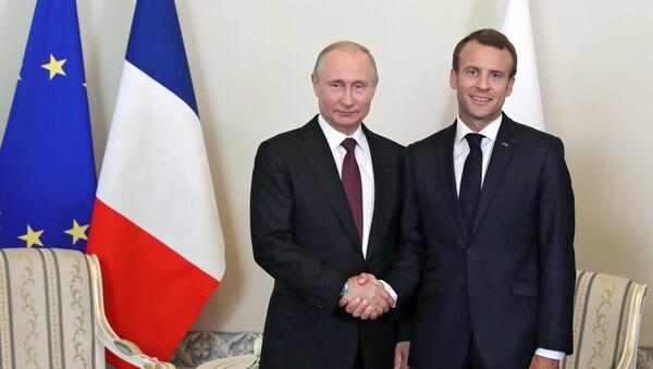 Vladimir Poutine et Emmanuel Macron - Sputnik France
