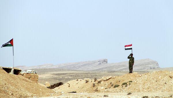 Un poste de contrôle syrien à la frontière avec le Liban - Sputnik France
