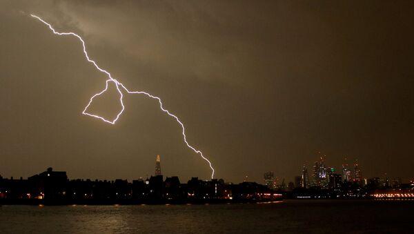 Orage à Londres - Sputnik France