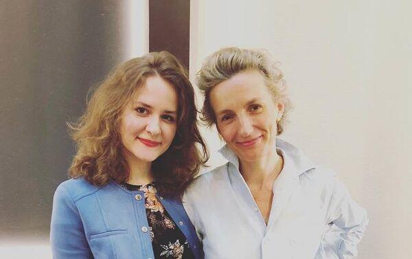Lors de l'interview avec Anna Gavalda - Sputnik France