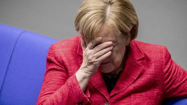 German Chancellor Angela Merkel attends a plenary session of German parliament Bundestag in Berlin, Tuesday, Nov. 21, 2017 - Sputnik France