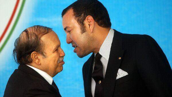 Le roi Mohammed VI du Maroc et le Président algérien Abdelaziz Bouteflika - Sputnik France