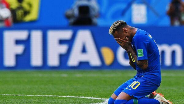 Neymar chora após marcar gol no último minuto da partida contra Costa Rica, em 22 de junho de 2018 - Sputnik France