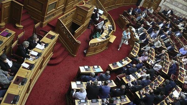 Sortie de la Grèce de son 3e plan d'aide: bouffée d'air pour l'économie ou 4e mémorandum? - Sputnik France